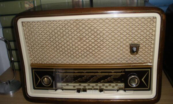 NOVELLE RADIOSE: LA RADIO COPERTA